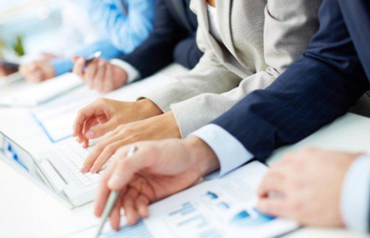 Сто українських та міжнародних компаній обговорять стратегію виживання бізнесу в Україні