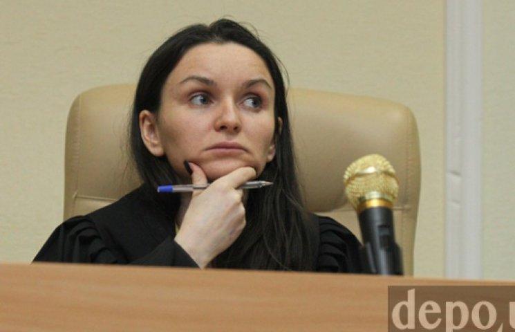 Суддю, яка відпустила Єфремова, викликали на допит в прокуратуру