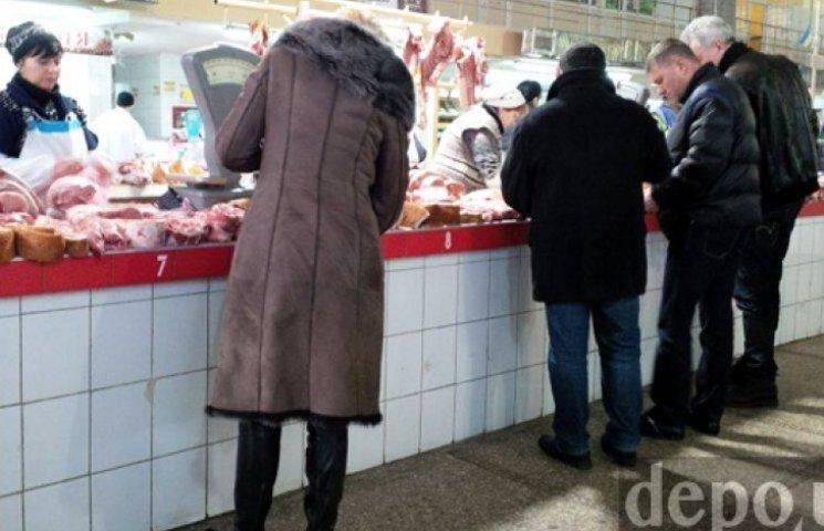 «Дурдом» на рынках: скупают все, даже хозяйственное мыло