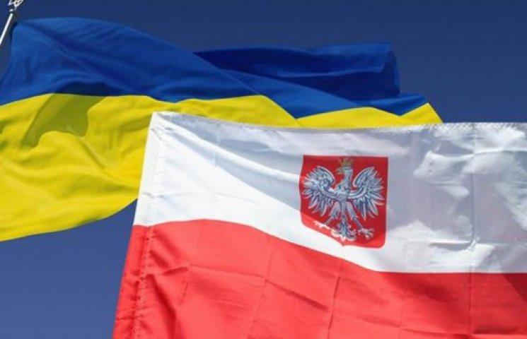 Від початку року Польща відмовила у політпритулку двом тисячам українців