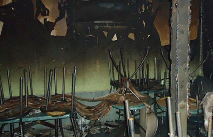 У Миколаєві спалахнуло кафе посеред ночі
