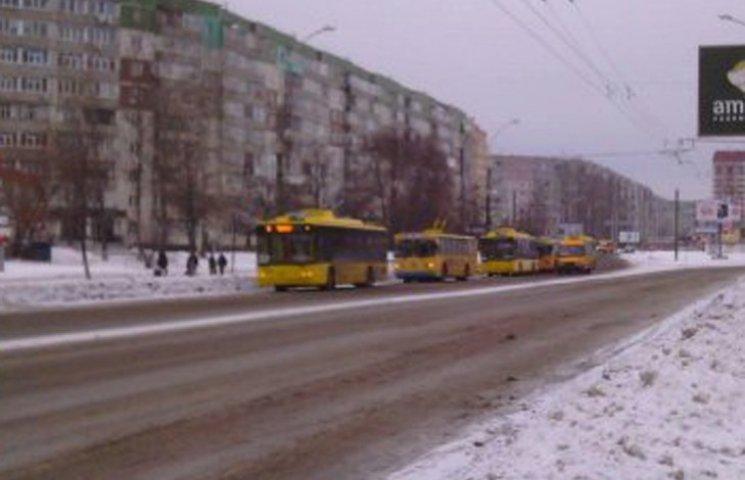 Міська рада надасть фінансову допомогу тролейбусникам