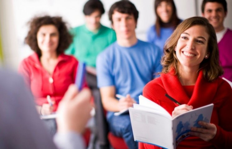 Студенти вчитимуть мукачівських чиновників англійській мові