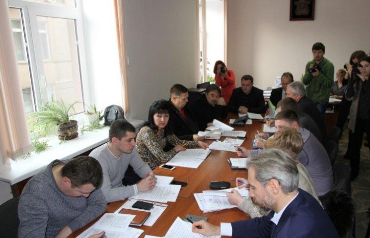 Депутат Миколаївської міськради назвав допомогу АТОшникам у розмірі 500 грн плювком