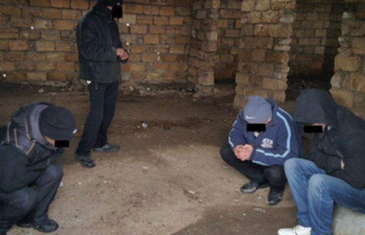 """У Миколаєві """"накрили"""" другий наркопритон на одній і тій самій вулиці"""