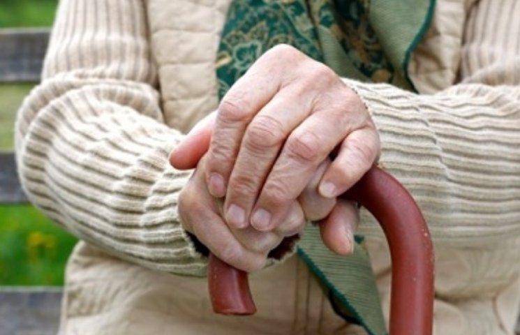 На Миколаївщині молода пара здійснила розбій на 81-річну жінку