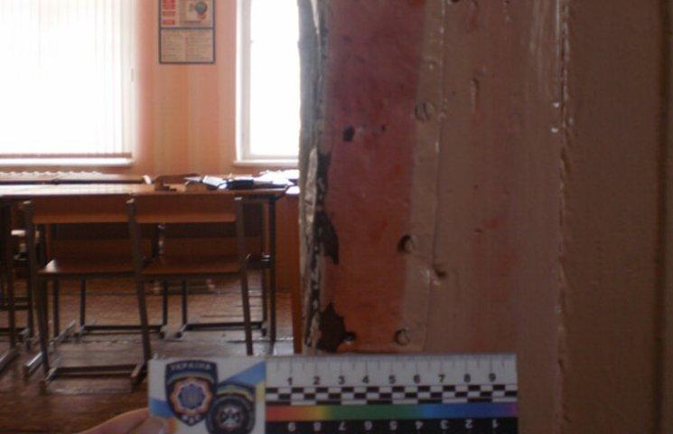 """Двоє підлітків на Сумщині """"дочиста обнесли"""" шкільний комп'ютерний клас"""