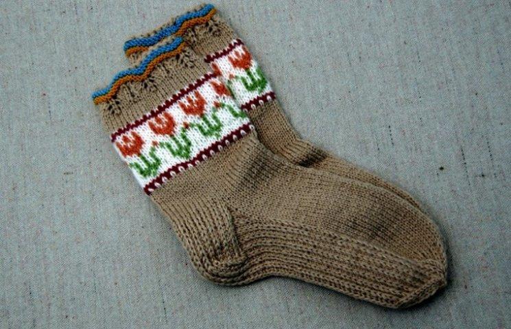На аукціон виставлені шкарпетки, зв