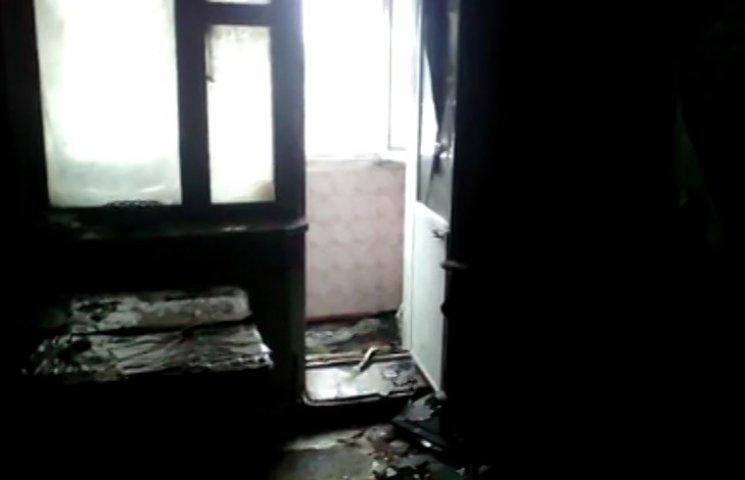 На пожежі у триповерхівці біля Сум постраждало подружжя