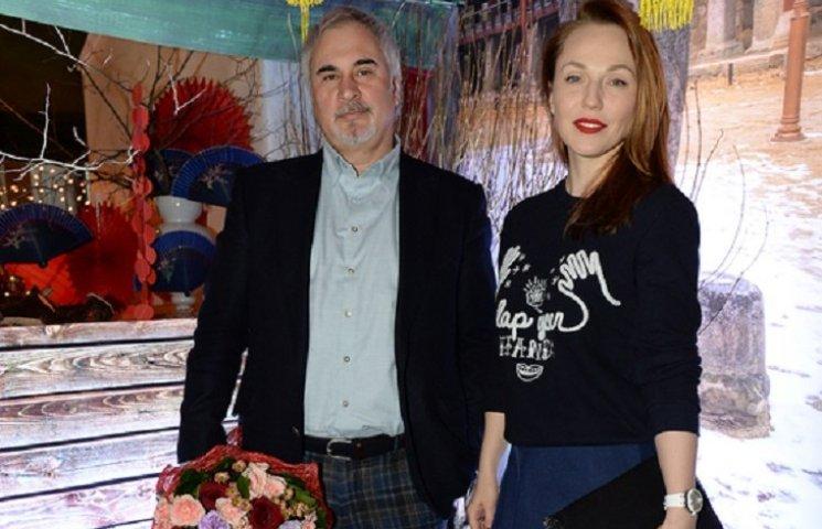 Джанабаева похвасталась обручальным кольцом от Меладзе