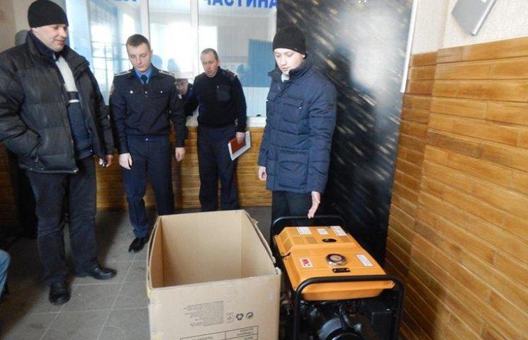 Тростянецькій поліції подарували дизельний генератор