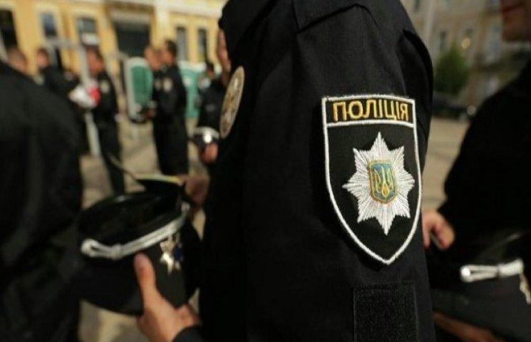У Хмельницькому черговий скандал з переатестацією поліції