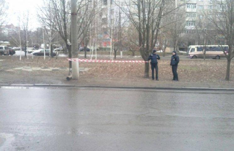 У центрі Миколаєва знайшли контейнер від протитанкової ракети