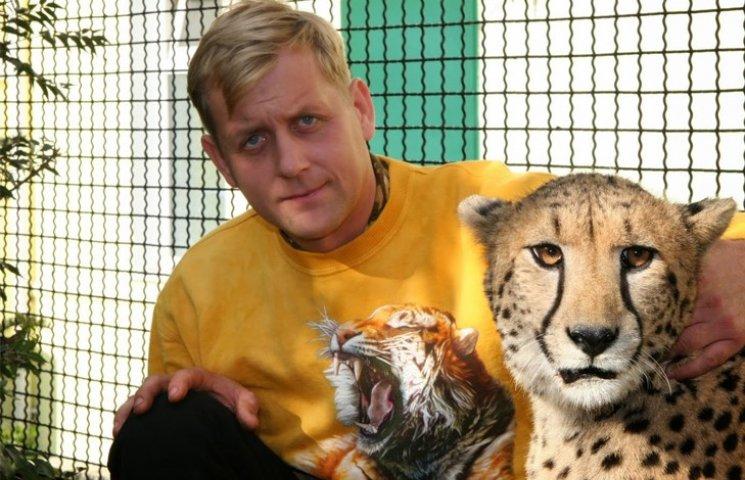 """Власник кримських зоопарків скаржиться, що """"Няша"""" """"забила"""" на нього"""