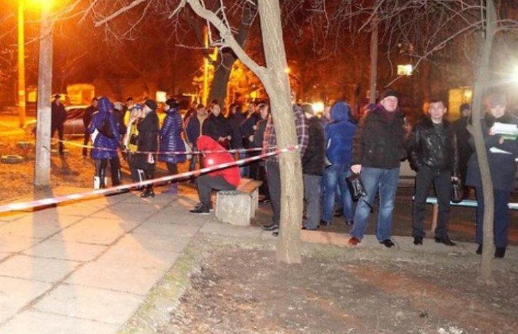 У Миколаєві біля житлового будинку розстріляли бізнесмена