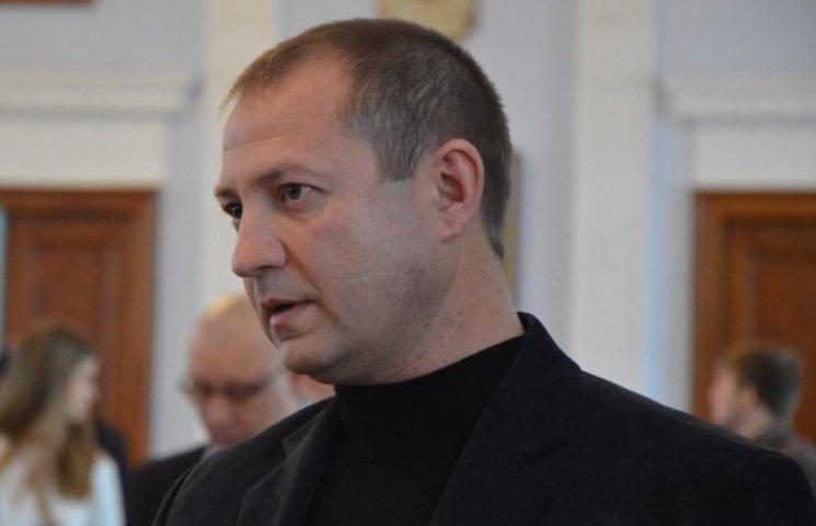 У Миколаєві заступник мера висміяв депутатів, які дали дозвіл на функціонування автовокзалу-невидики