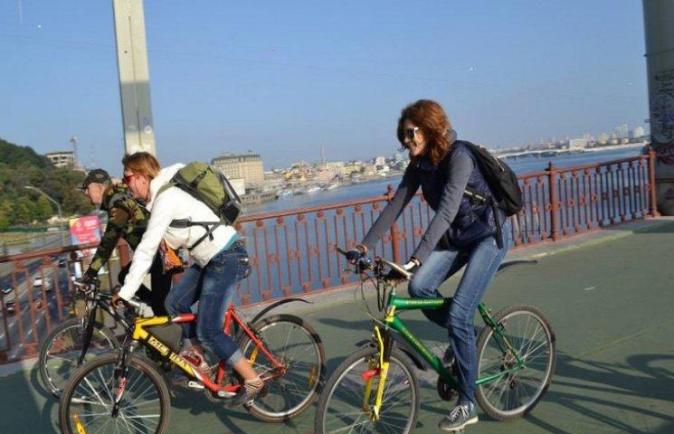 Сьогодні хмельничан закликають пересісти на велосипеди