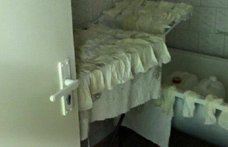 На России в роддоме стирают одноразовые перчатки (ФОТОФАКТ)