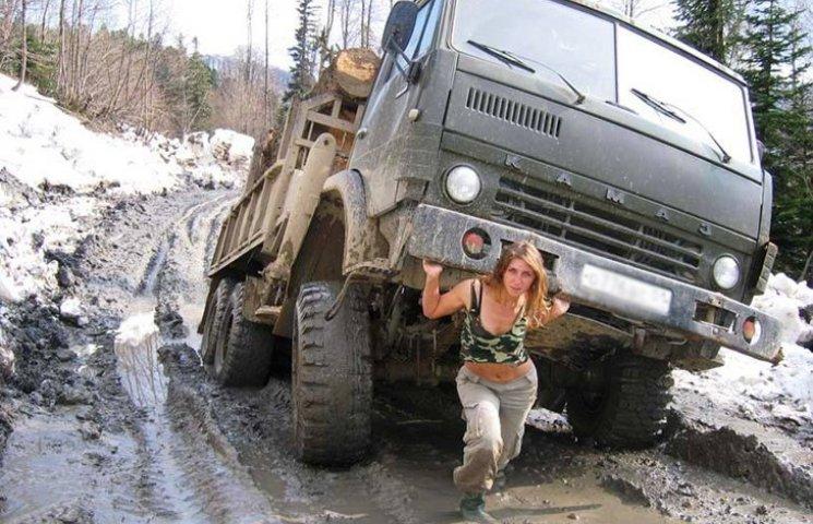 Навесні Чернігів закриває свої дороги для вантажівок
