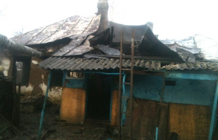 На згарищі житлового будинку на Сумщині знайшли загиблого чоловіка