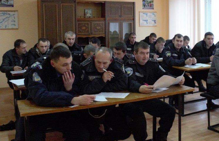 Поліцейським, які не пройшли переатестацію, пропонують роботу на Донбасі