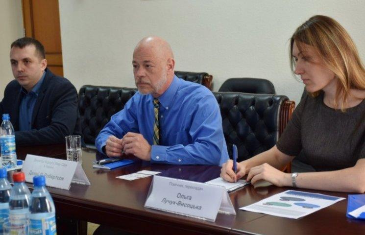 Дженні Робертсон: Миколаївська область одна з найкращих для проживання волонтерів Корпусу Миру
