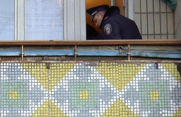 """Невідомий жартівник """"поставив на вуха"""" усю сумську поліцію, """"замінувавши"""" житловий будинок"""