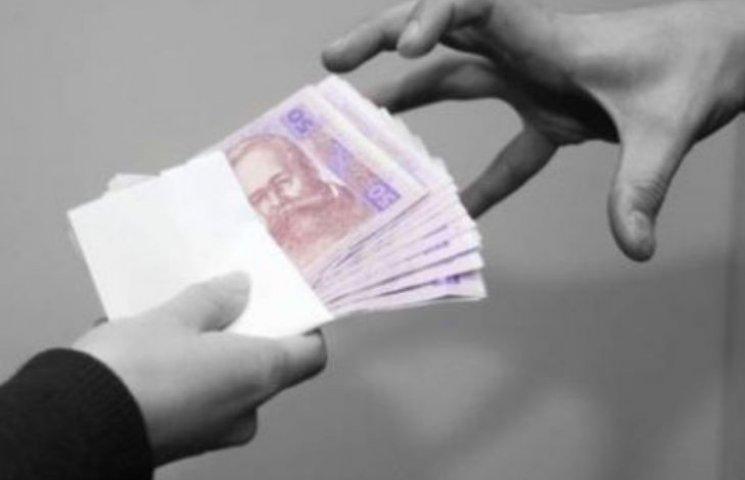 """На Миколаївщині шахраї """"нагріли"""" на довірливих людях більше 100 тис. грн"""