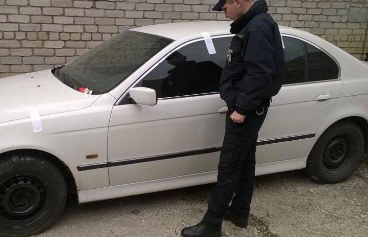У Миколаєві патрульні впіймали чотирьох автомобілістів з підробними документами