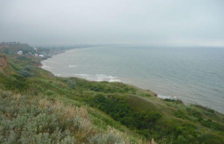 На Миколаївщині місцева влада знов незаконно віддала у власність частину Чорноморського узбережжя