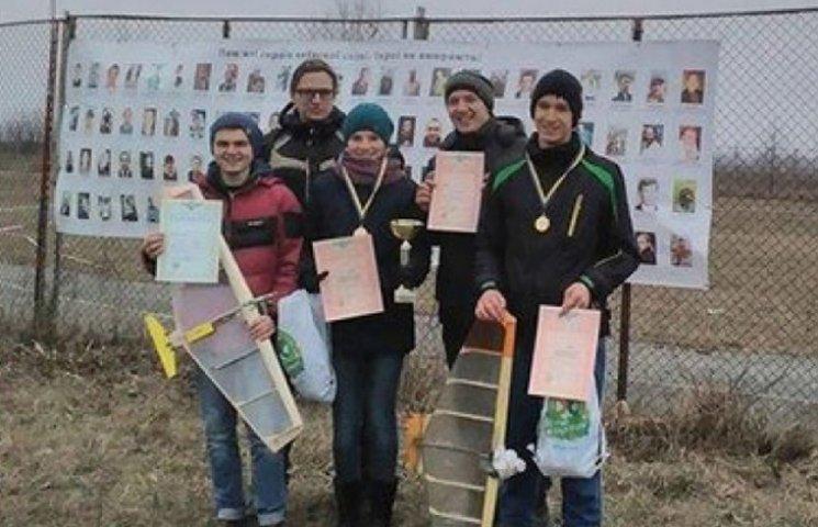 """Команда з Сумщини виграла """"Кубок Небесної Сотні"""" на Всеукраїнських змаганнях авіамоделістів"""