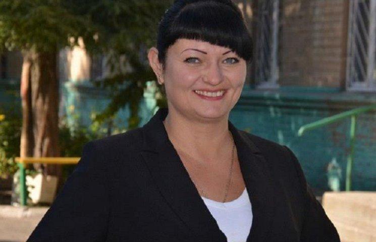 На Запоріжжі лідерка ленінофілів напідпитку загубила власну автівку