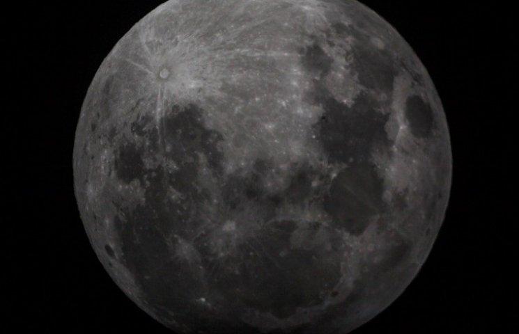 """НАСА  опублікувала """"космічну музику"""", записану місією """"Аполлон"""" 1969 року"""