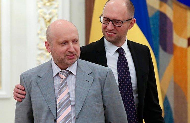 """В """"Народном фронте"""" полагают, что от перевыборов их спасет Турчинов-премьер"""