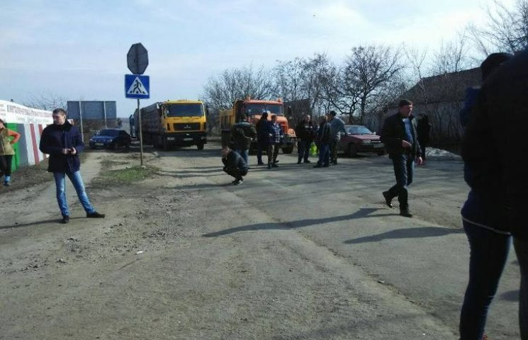 Миколаївці вимагають ремонту дороги національного значення Н-14