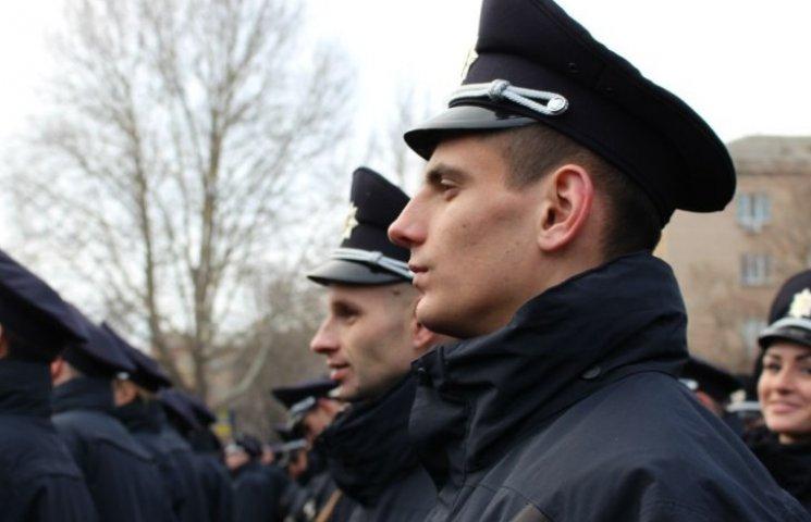 Миколаївців кличуть показати свої фото про роботу патрульних