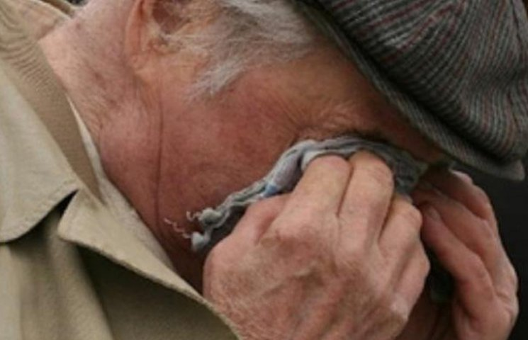 Селянин-рецидівіст на Сумщині мало не вбив дідуся, вимагаючи віддати пенсію