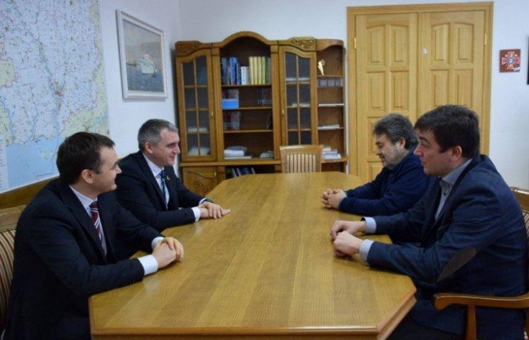 До Миколаєва приїхав президет ПФЛ, щоб обговорити проблеми муніципального футбольного клубу