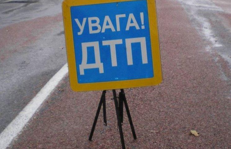 У Миколаєві водій збив 18-річного хлопця і втік
