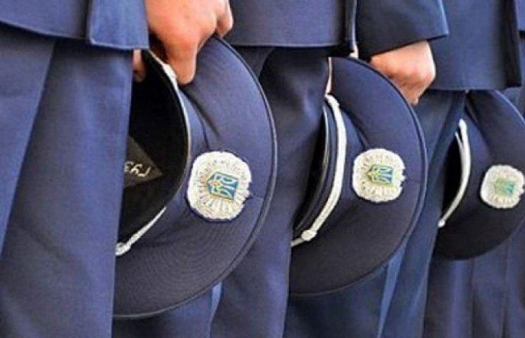 На Хмельниччині звільнені поліцейські судяться за посади
