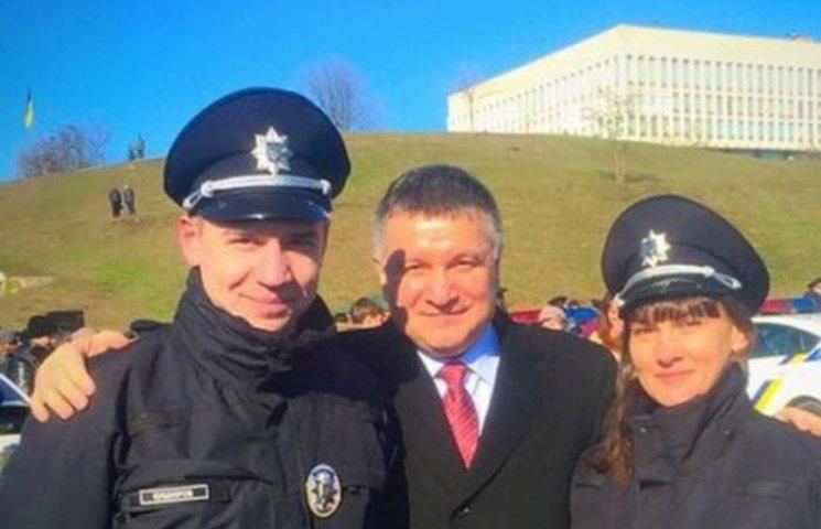 """Колишній гравець """"Динамо"""" врятував собаку на службі в поліції"""