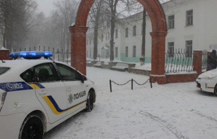 Поліцейський виш у Сумах відзначив повноліття