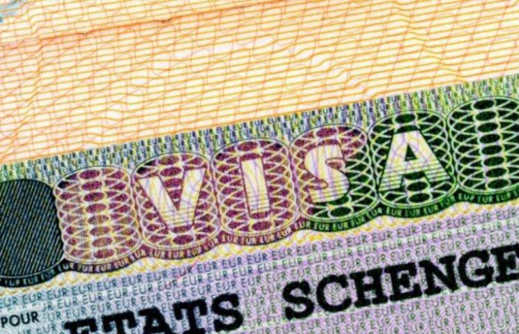 Почему Украинцы поедут без виз в ЕС после снятия санкций с России