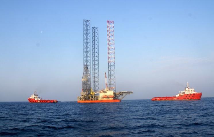Одесский суд заочно арестовал 4 нефтяных установки компании изКрыма
