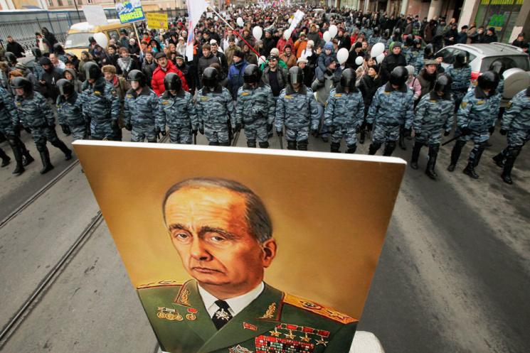 Жители России считают лучшими периодами вжизни страны правление Владимира Путина и«застой»