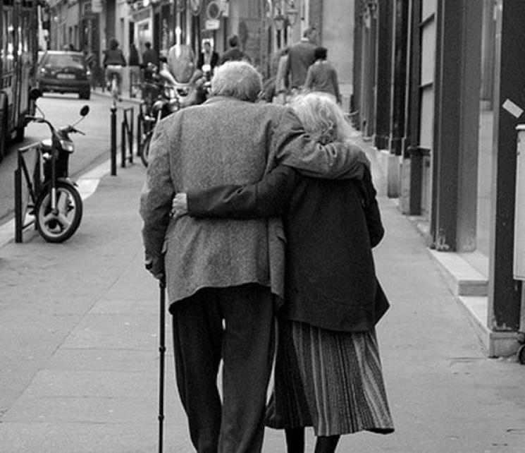 Хто, до кого і чому: Сім стадій стосунків закоханих пар
