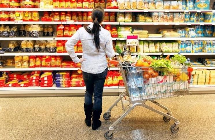 Приховані трюки в супермаркетах: Як не перетворитись на зомбі