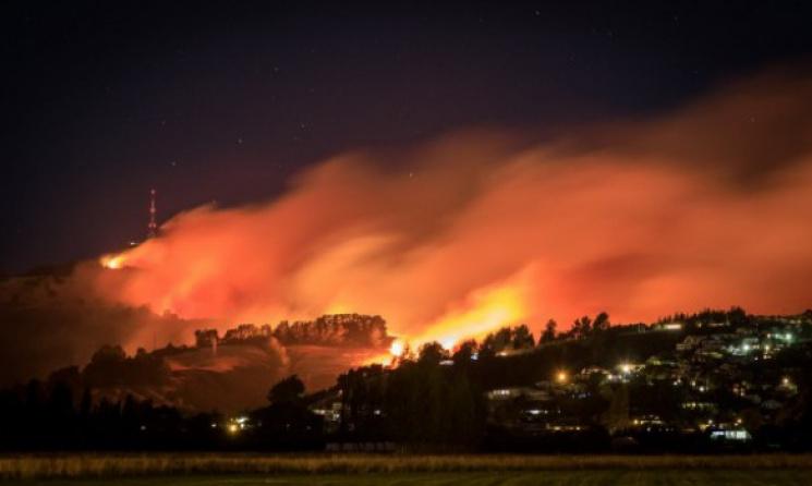 Неменее  1 тыс  человек эвакуированы в новейшей  Зеландии из-за угрозы пожара