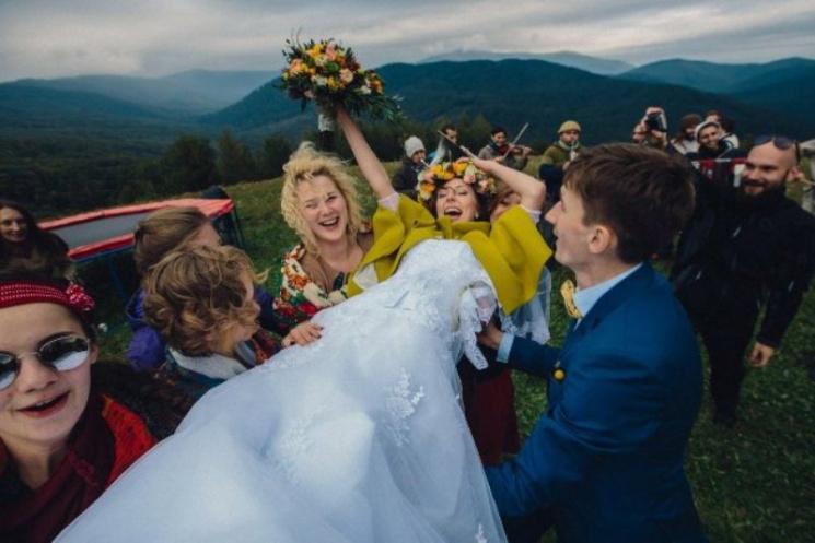 Чи стане традиційне закарпатське весілля…