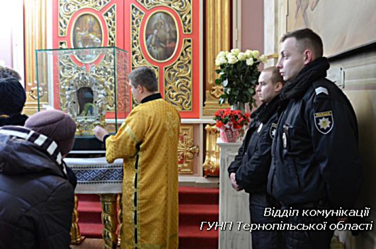 Хмельницьку жебрачку затримали у Тернопо…